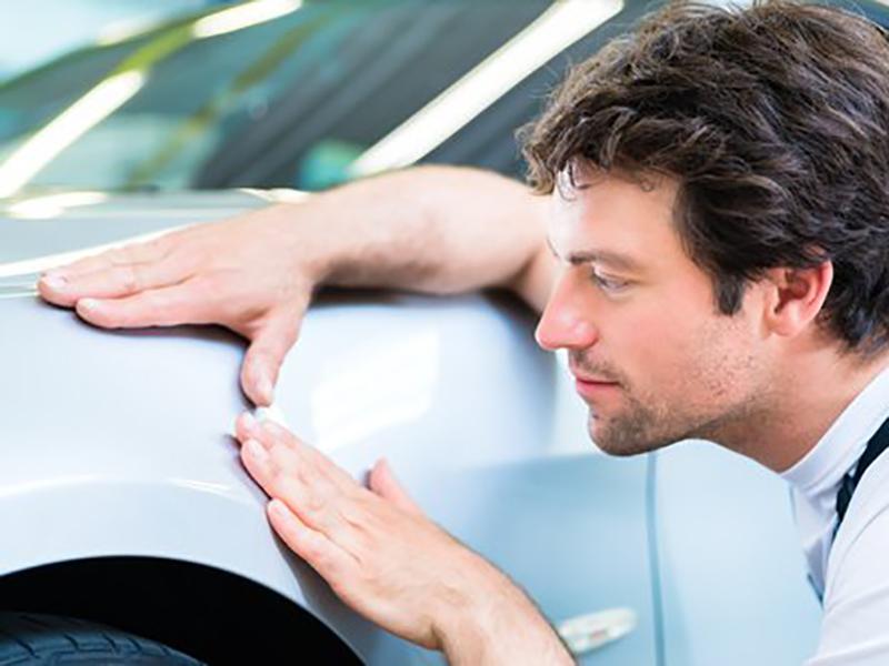 Tout ce dont vous devez savoir pour éliminer les rayures sur une carrosserie